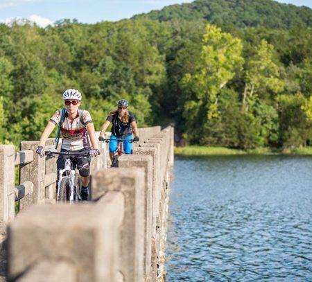 Eureka Springs parks trails