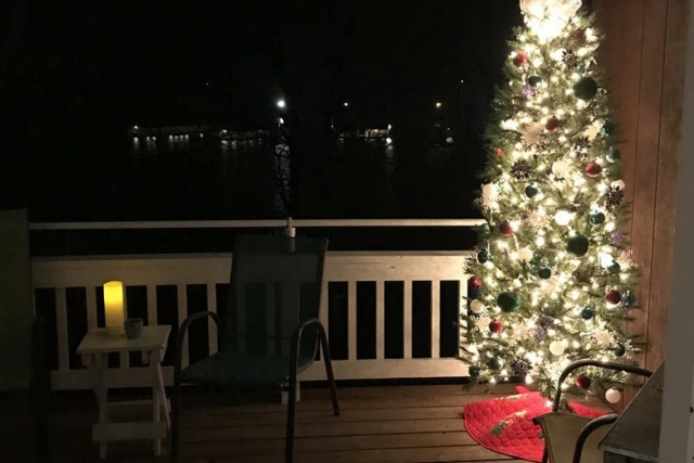 Christmas at the cottage... Marina is in the background.