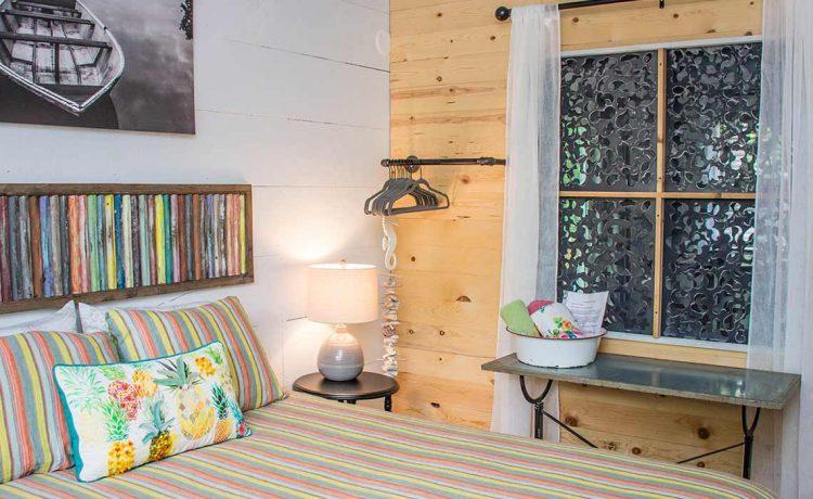 Lil Woody queen bedroom