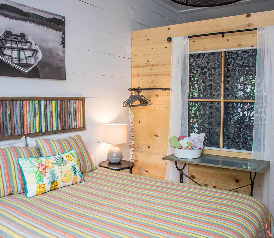 Lil Woody queen bedroom