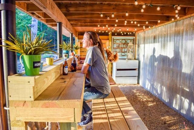 On The Rocks Cottage back bar