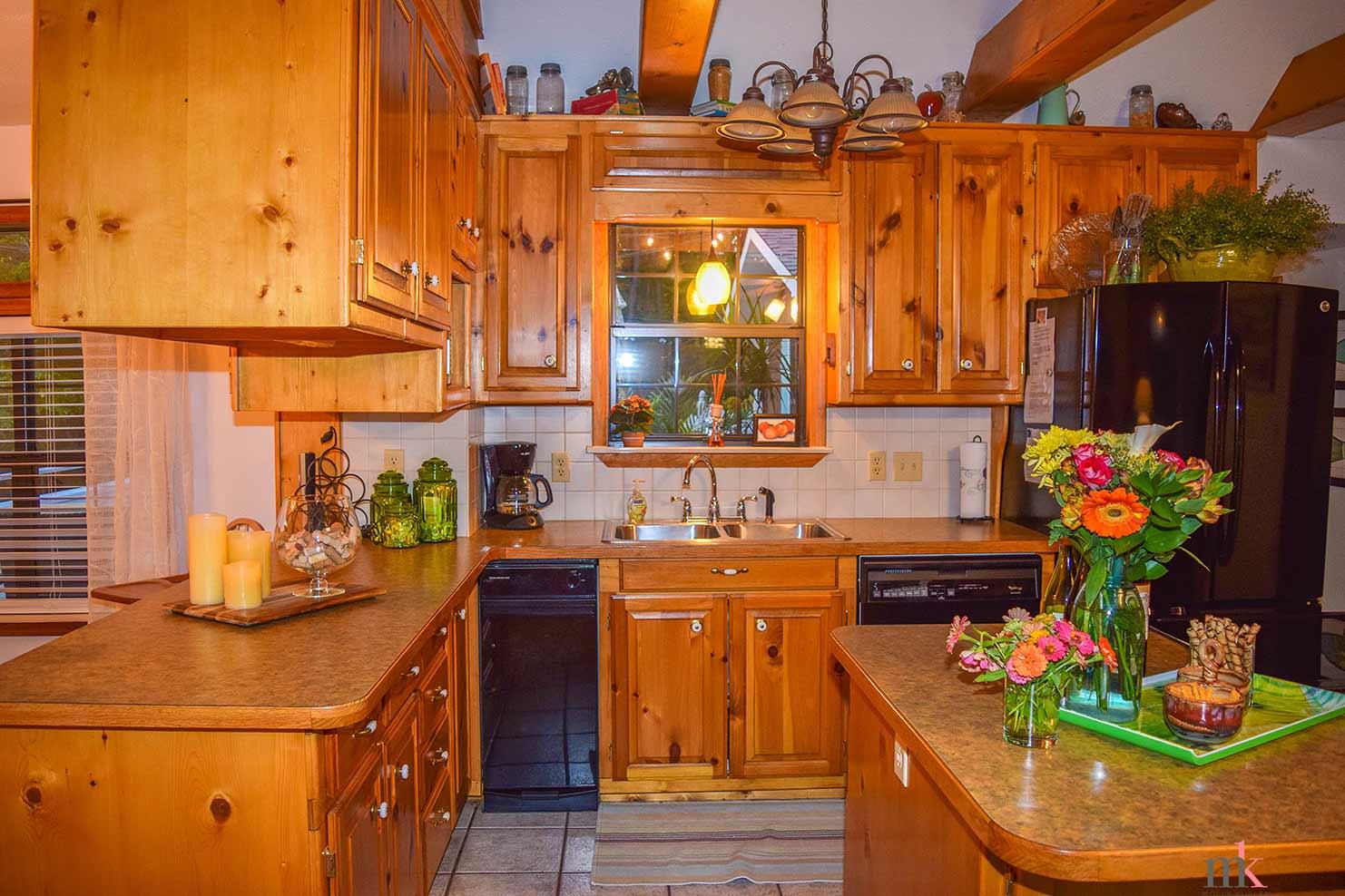 On The Rocks Cottage Kitchen