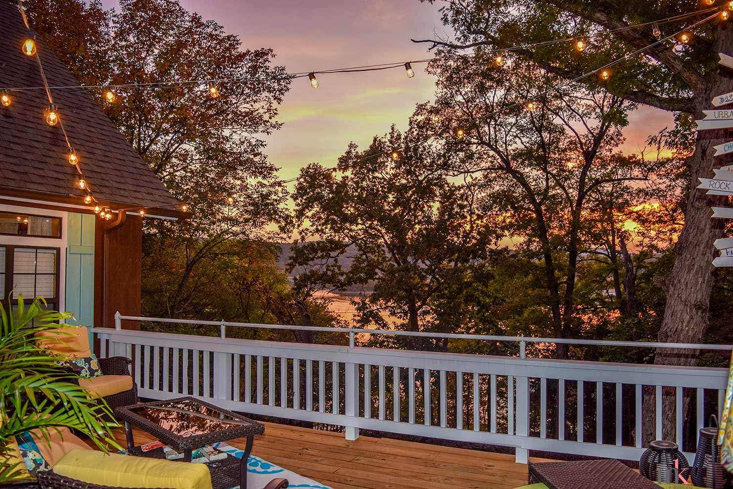 On The Rocks Cottage deck overlooking Table Rock Lake