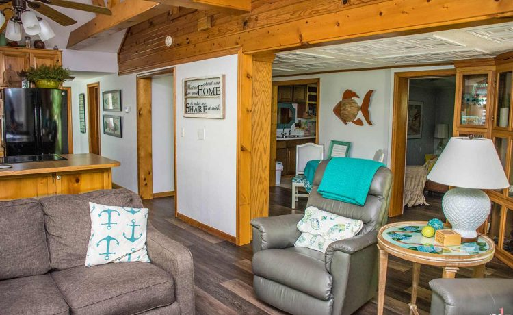 On The Rocks Cottage Living and Great room