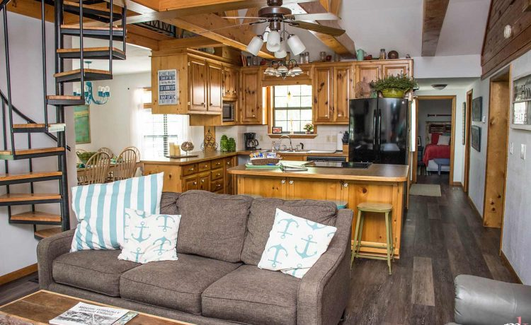 On The Rocks Cottage Living and Great room looking into kitchen